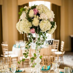 floralcenterpieceforweddingreceptions